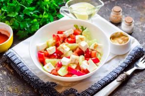 Греческий салат с горчичной заправкой - фото шаг 8