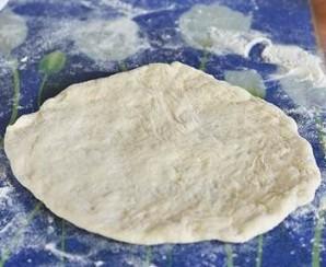 Дрожжевое тесто на сковороде - фото шаг 4