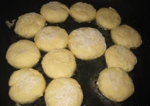 Сырники в мультиварке на пару - фото шаг 5