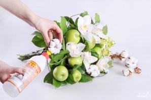 Букет из яблок своими руками - фото шаг 7