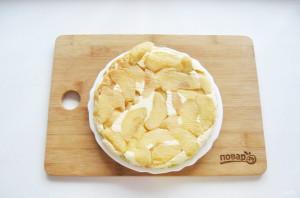 Творожная запеканка с яблоками и манкой - фото шаг 14