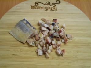 Салат с селедкой и свеклой - фото шаг 6