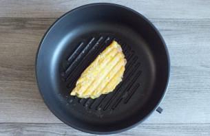 Чебуреки из кабачков с ветчиной и сыром - фото шаг 9