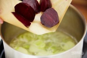 Суп со свеклой и щавелем - фото шаг 4
