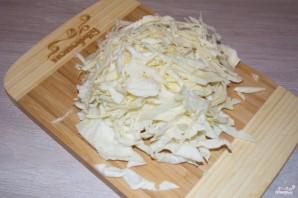 Пирог с капустой из дрожжевого теста - фото шаг 2