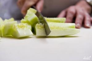 Салат из огурцов и перцев - фото шаг 1