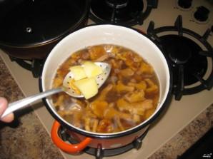 Суп грибной с лисичками - фото шаг 2