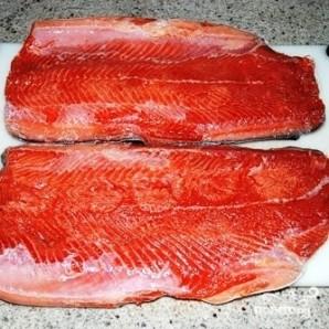 Соленая красная рыба - фото шаг 14