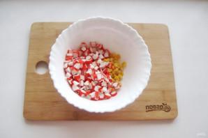 Крабовый салат без яиц - фото шаг 3