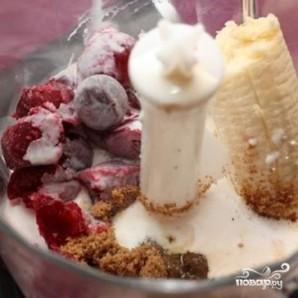 Молочный коктейль с бананом - фото шаг 1
