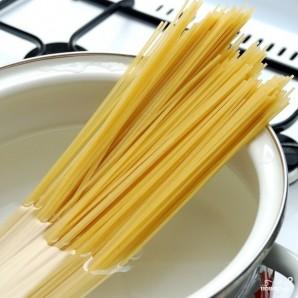 Спагетти алио олио - фото шаг 1