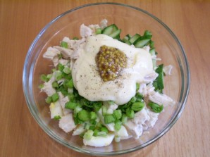 Салат с семечками и курицей - фото шаг 6