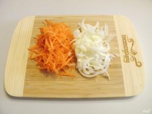 Солянка из свежей капусты с грибами - фото шаг 3
