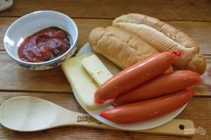 Хот-доги в булочках (лесенкой) - фото шаг 1