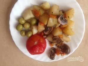Картофель с грибами в рукаве - фото шаг 9