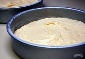 Бисквитный торт с ликёром - фото шаг 5