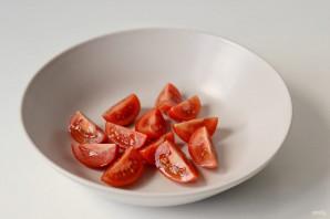 Салат с каперсами и авокадо - фото шаг 2