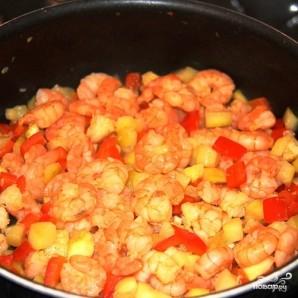 Черный рис с креветками - фото шаг 7