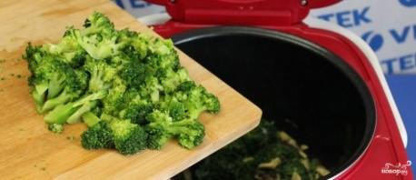 Запеканка из брокколи и шпината - фото шаг 4