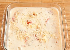 Омлет в духовке с помидорами - фото шаг 4
