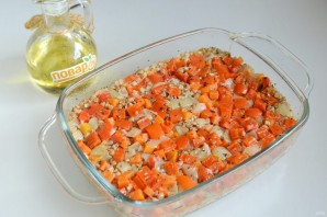 Гречка с овощами в духовке - фото шаг 7