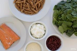 Паста с лососем и шпинатом - фото шаг 1