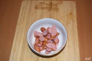 Солянка сборная с колбасой - фото шаг 1