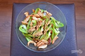 Рецепт салата из фунчозы с курицей - фото шаг 5