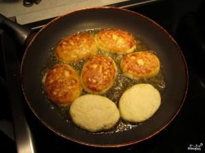 Сырники из творога - фото шаг 3