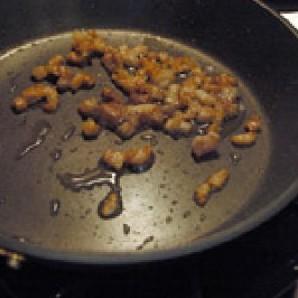 Свиная грудинка с макаронами - фото шаг 2