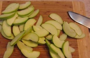 Яблочный пирог с абрикосовым джемом - фото шаг 2