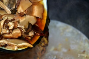 Суп из сушеных грибов с перловкой - фото шаг 6