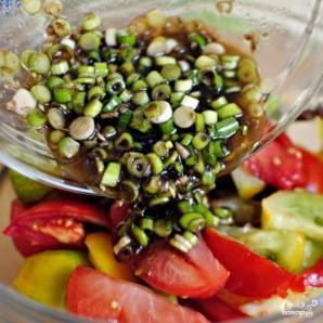 Особый салат из разноцветных помидоров - фото шаг 8