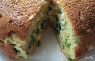 Пышный заливной пирог с яйцом и луком - фото шаг 5