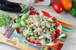 Салат с жареными баклажанами и свежими помидорами - фото шаг 10