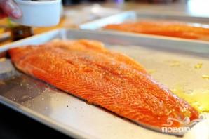Жареный лосось с картофелем, спаржей и каперсами - фото шаг 1