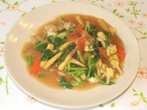 Жареная лапша с овощами - фото шаг 9