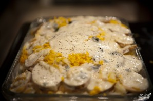 Картофельная запеканка с беконом - фото шаг 11