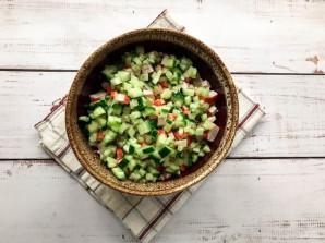 Крабовый салат с куриной грудкой - фото шаг 5