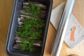 Мойва, запеченная в фольге в духовке - фото шаг 4
