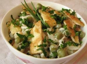 Салат в омлете - фото шаг 6
