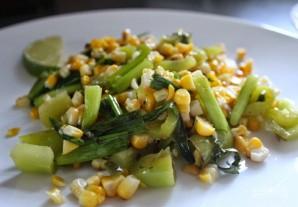 Cалат из кукурузы и курицы - фото шаг 5