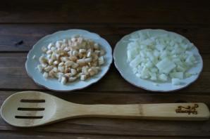 Начиненные грибы в духовке - фото шаг 2