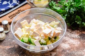 Салат из рыбы копченой - фото шаг 5