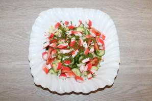 Крабовый салат с салатом айсберг - фото шаг 8