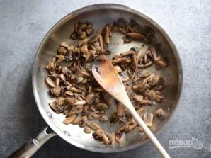 Бутерброды в духовке с грибами и шпинатом - фото шаг 1