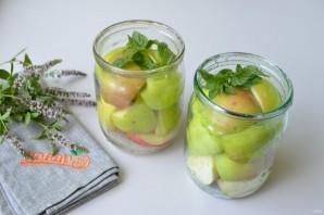 Яблоки в сиропе на зиму - фото шаг 3