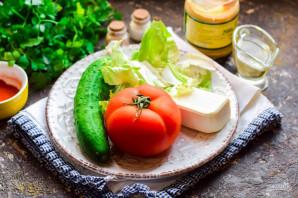 Греческий салат с горчичной заправкой - фото шаг 1