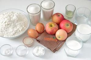 Пирог с яблоками в сливках - фото шаг 1