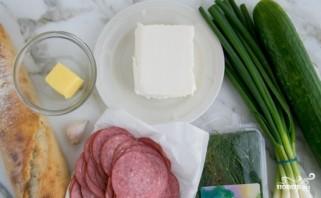 Гренки с колбасой - фото шаг 1